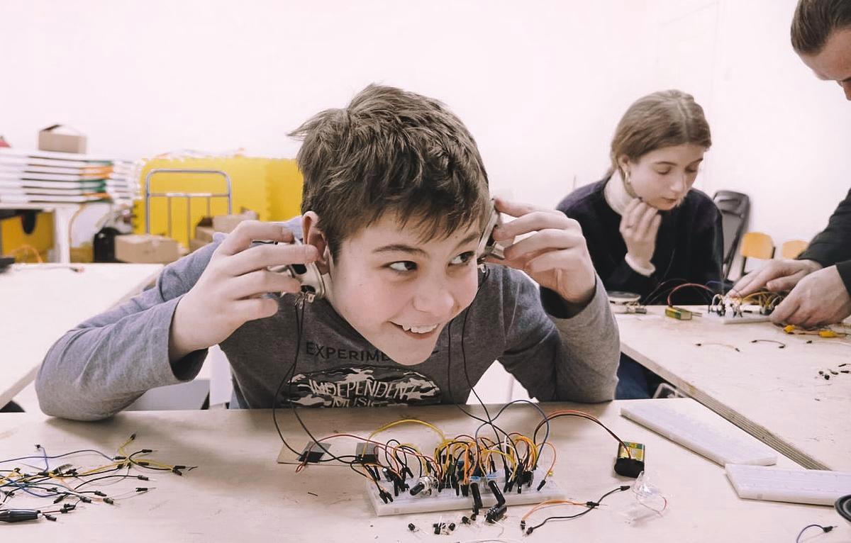 Handmade Sound Electronics